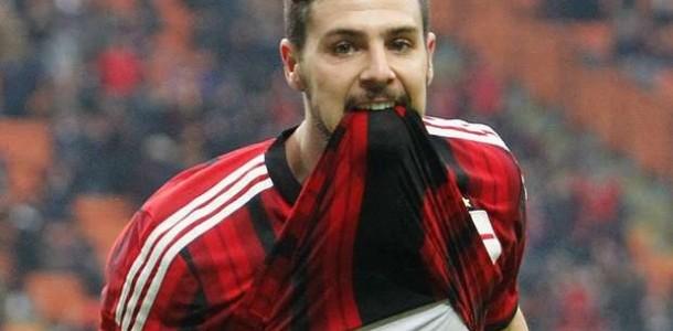 AC Milan Akan Kembalikan Mattia Destro