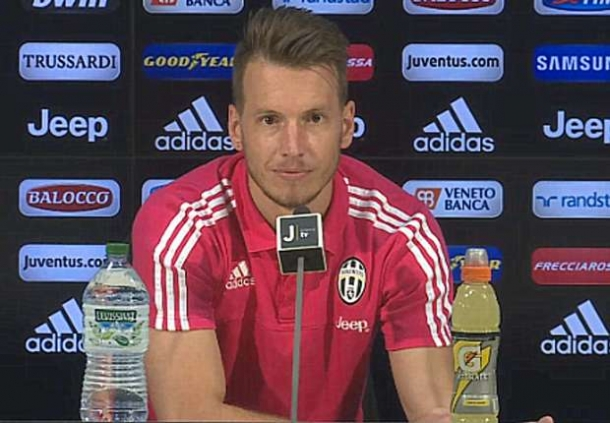 Norbeto Neto Tegaskan Jika Dia Tak Pernah Hina FC Fiorentina